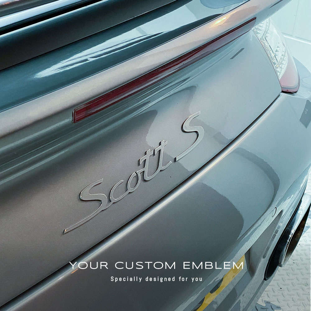 Scott S Emblem painted with the exact color of the car